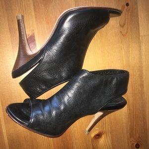 Cole Haan Black Leather Air Nike Peep Toe